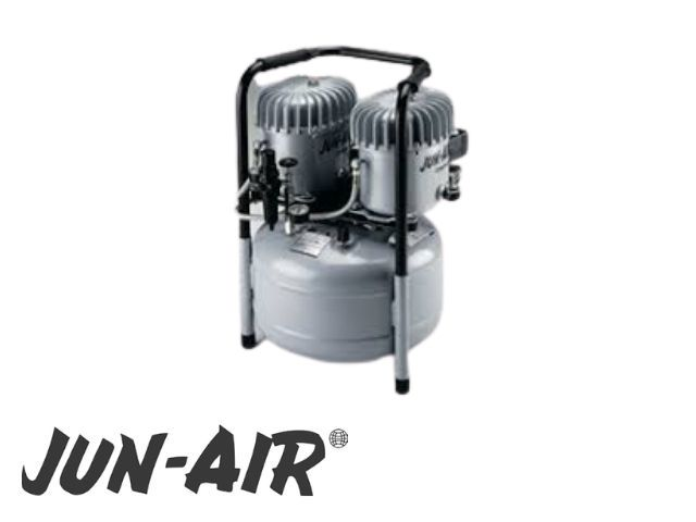 Jun-Air 12-25 medical oil compressor – 2 surgery